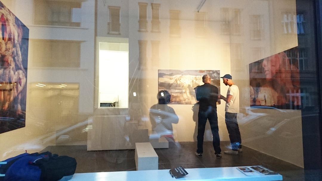 2017-Dancing-in-the-Smoke-Sebastian-Haeger-aquabitArt